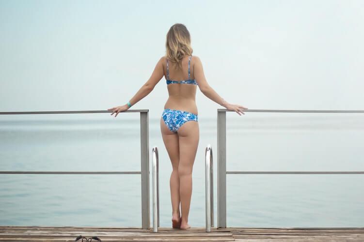 How to Wear Cheeky Bikini Bottoms Guide