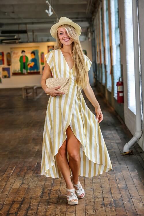 Best Dress for an Apple Body Type